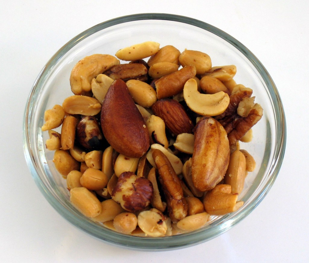 nuts-allergy-symptoms